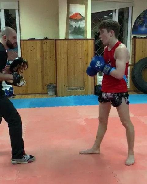 ВИДЕО.   Подготовка к профессиональному бою по тайскому боксу Кюрджидис Никос (IMA-Lianozovo)