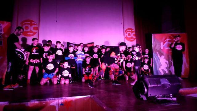 ВИДЕО.    Показательное выступление по Тайскому боксу