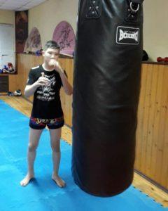 ВИДЕО.    Афанасьев Егор 13 лет, 56 кг, любит пельмени Цезарь….